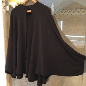 Accessories - Black poncho wrap